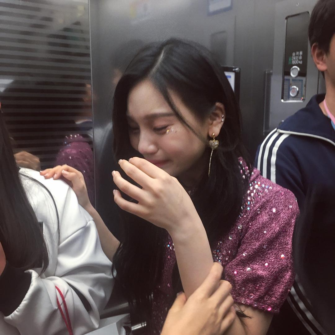 [gfriend][分享]180513 被感动的暴风哭泣!小可爱严智