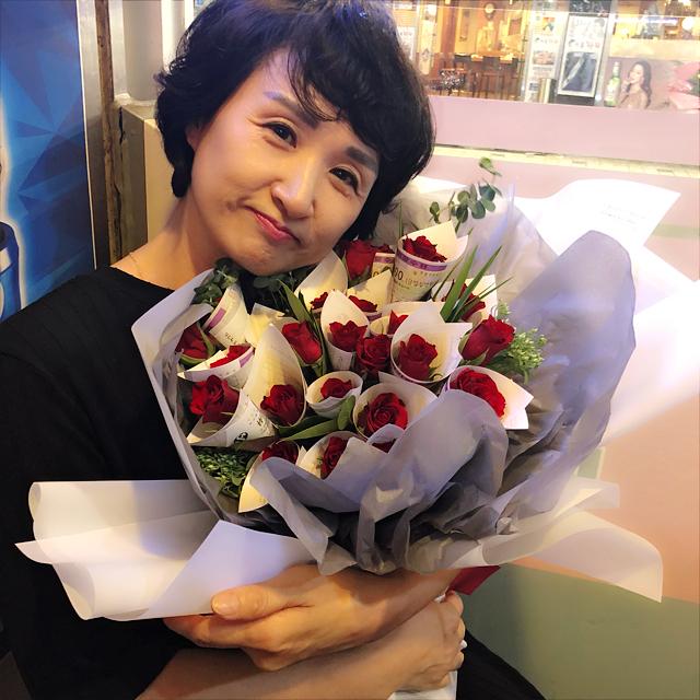 [分享]180922 乖女儿LE 为妈妈送花庆生