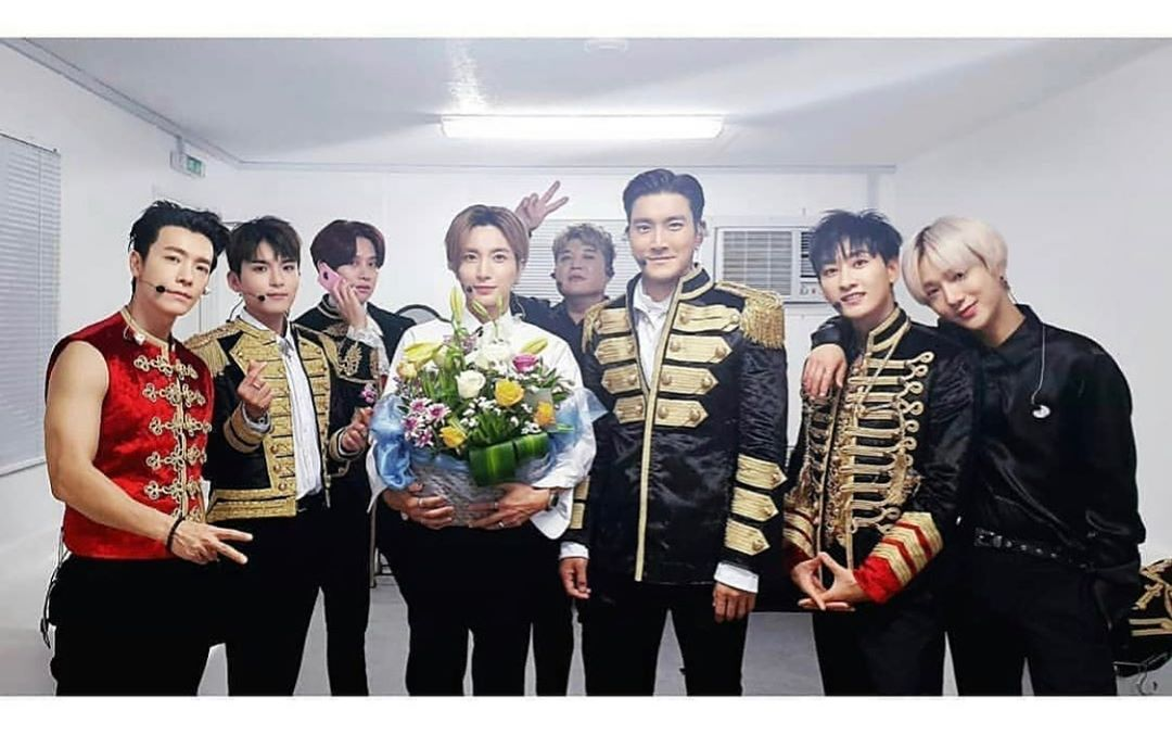 [分享]190716 Super Junior庆祝出道5000天 整整齐齐一个也不能少!