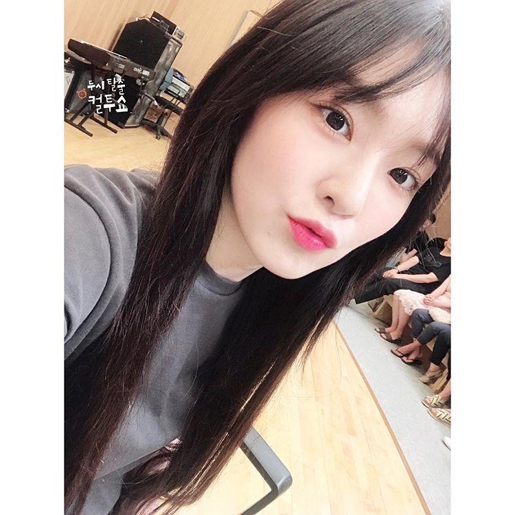 [Red Velvet][分享]190822 RV电台自拍公开 请查收今日份的甜贝贝~