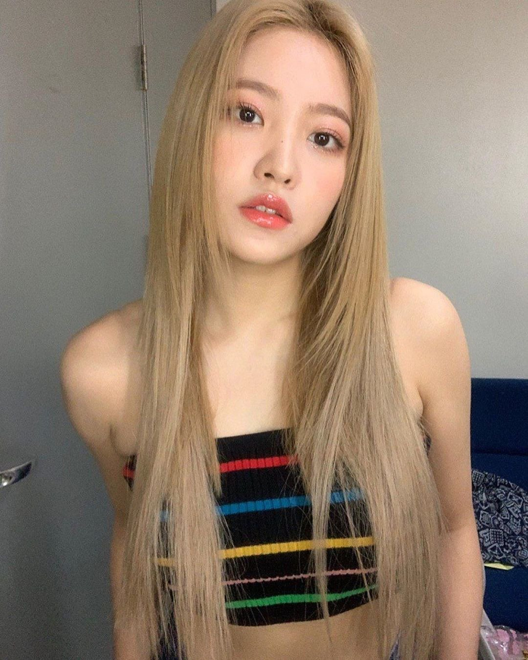 [Red Velvet][分享]190825 帅气的性感,金发YERI用脸鲨人!