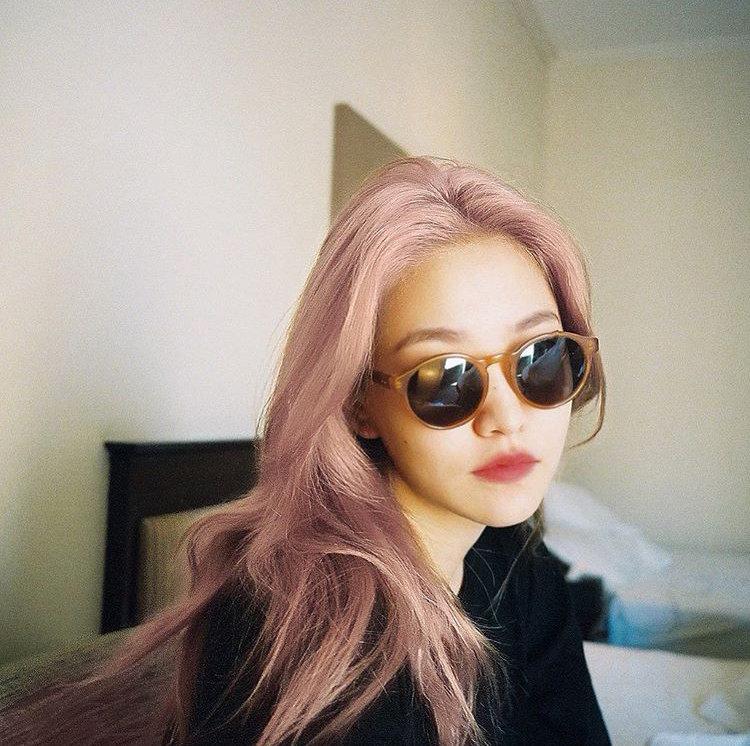 [Red Velvet][分享]190914 真的是沙雕小孩~YERI的粉色头发?原来是p的!