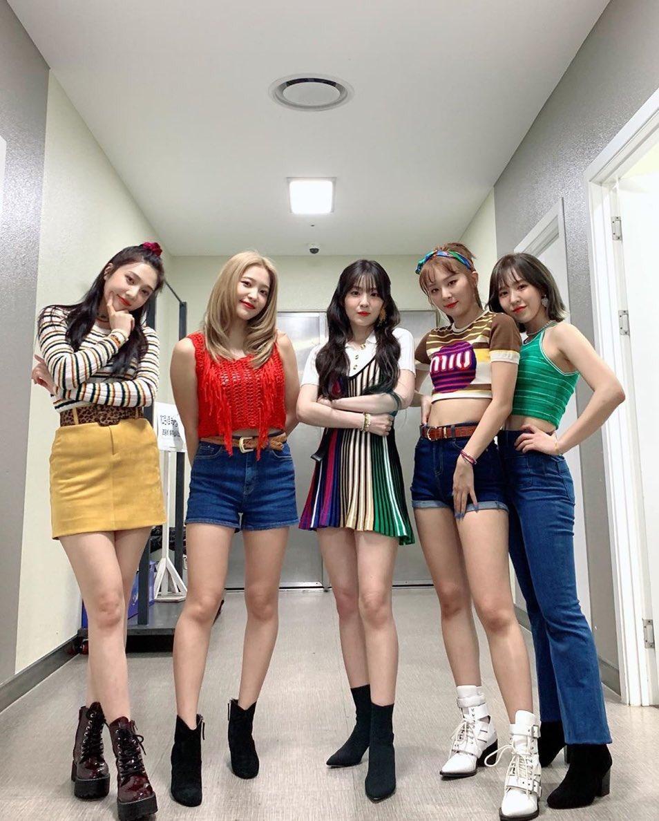 [Red Velvet][必威betway]191010 RV《TPRV》在Spotify上的播放量超过了一亿次