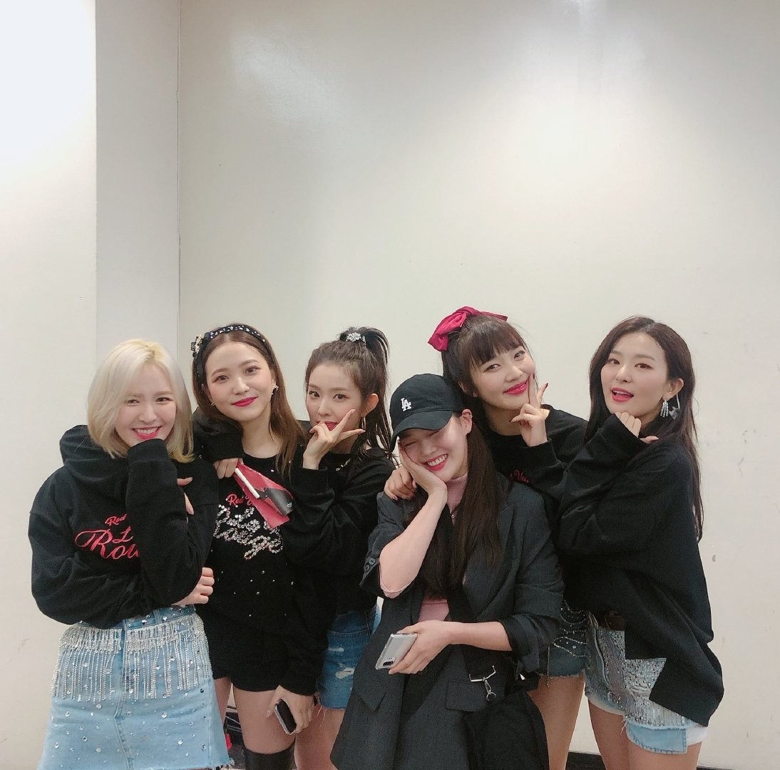 [Red Velvet][分享]191207 Oh My Girl孝定,应援RV演唱会合影公开